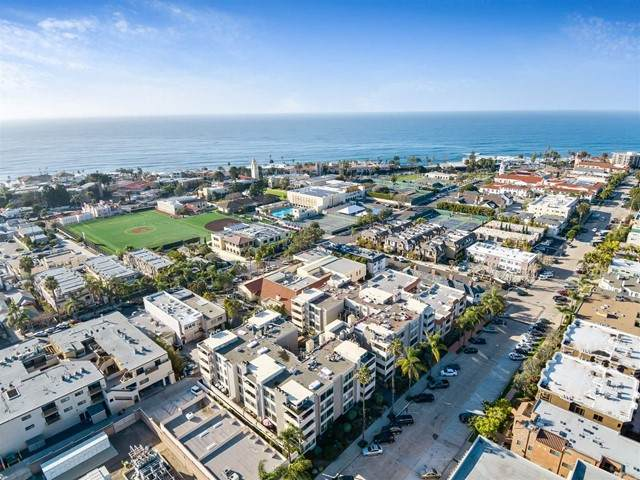7550 Eads Ave #202, La Jolla, CA 92037 (#NDP2103423) :: PURE Real Estate Group