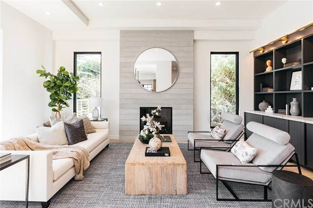 746 N Swarthmore Avenue, Pacific Palisades, CA 90272 (#OC21051542) :: Wannebo Real Estate Group