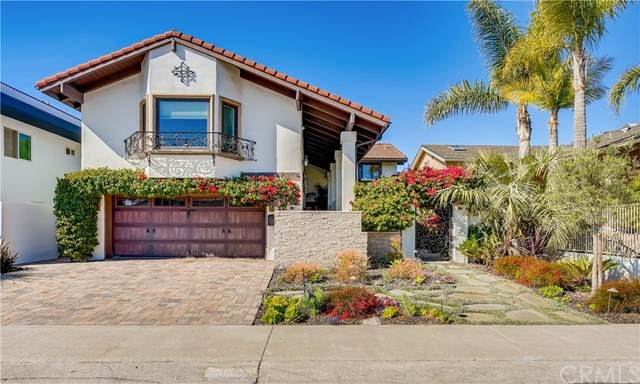 16455 Ladona Circle, Huntington Beach, CA 92649 (#OC21083710) :: Keller Williams - Triolo Realty Group