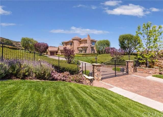 4410 Hazeltine Way, Corona, CA 92883 (#CV21076236) :: San Diego Area Homes for Sale