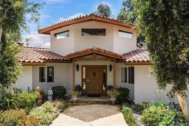 17578 Caminito De Los Escoses, Rancho Santa Fe, CA 92067 (#NDP2105193) :: Wannebo Real Estate Group