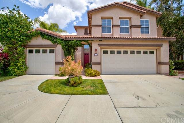 37 Villa Valtelena, Lake Elsinore, CA 92532 (#OC21107196) :: SunLux Real Estate