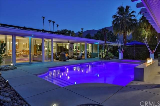 1042 E Sierra Way, Palm Springs, CA 92264 (#PS21110066) :: The Todd Team Realtors