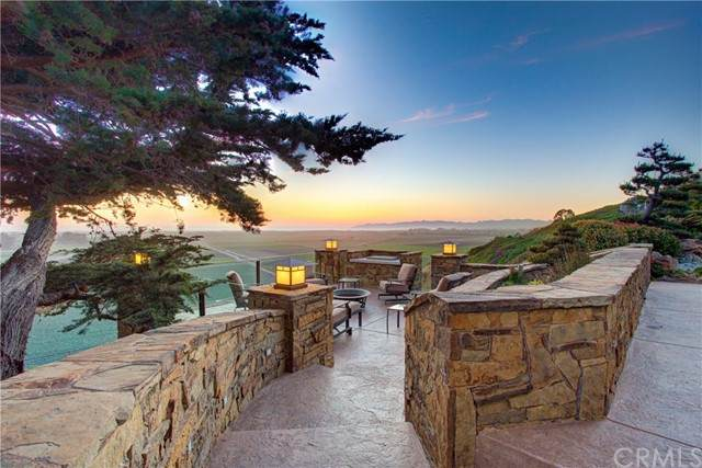 2870 S Halcyon Road, Arroyo Grande, CA 93420 (#PI21107235) :: SunLux Real Estate