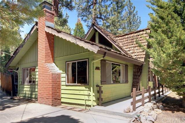 1099 Eagle Mountain Drive, Big Bear, CA 92314 (#PW21113064) :: Compass