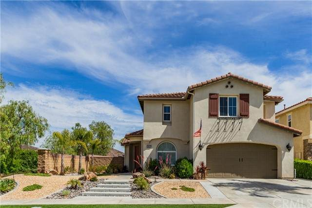 35433 Saddle Hill Road, Lake Elsinore, CA 92532 (#SW21116983) :: SunLux Real Estate