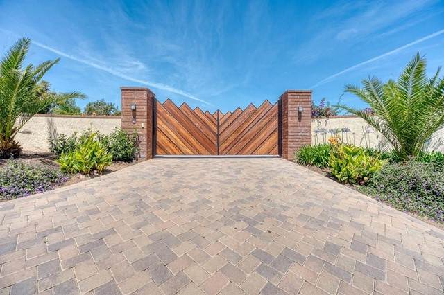 6411 Via De La Reina, Bonsall, CA 92003 (#NDP2106239) :: The Marelly Group   Sentry Residential