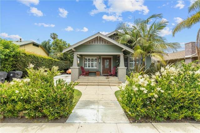847 Ohio Avenue, Long Beach, CA 90804 (#PW21119374) :: Dannecker & Associates