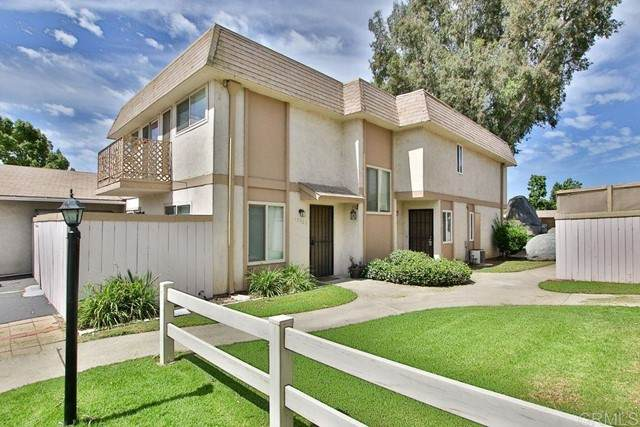10022 Santana Ranch Lane, Santee, CA 92071 (#PTP2103941) :: The Stein Group