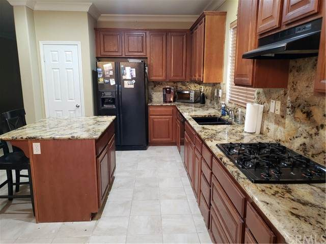 32361 Ashwood Court, Lake Elsinore, CA 92532 (#SW21129115) :: PURE Real Estate Group