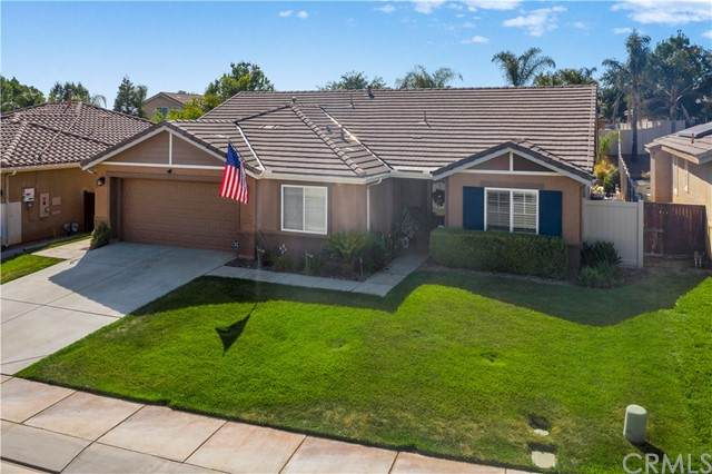 1365 Larkspur Lane, Beaumont, CA 92223 (#OC21139185) :: Wannebo Real Estate Group