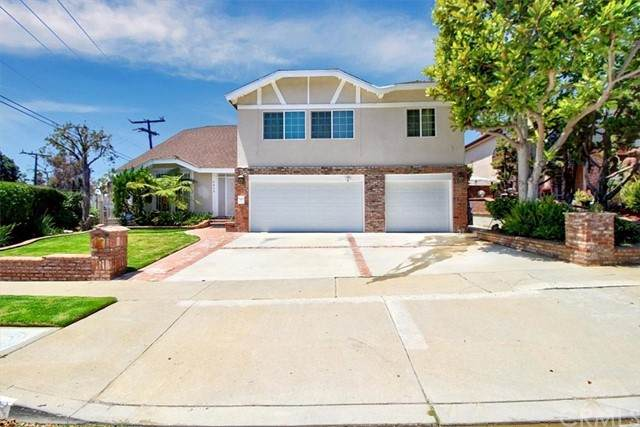 5453 Shenandoah Avenue, Los Angeles, CA 90056 (#PW21141486) :: Rubino Real Estate