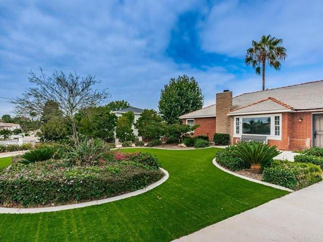1720 Oak Avenue, Carlsbad, CA 92008 (#NDP2108017) :: Wannebo Real Estate Group