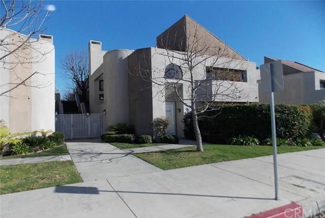 12548 Montecito Road, Seal Beach, CA 90740 (#PW21156781) :: Dannecker & Associates