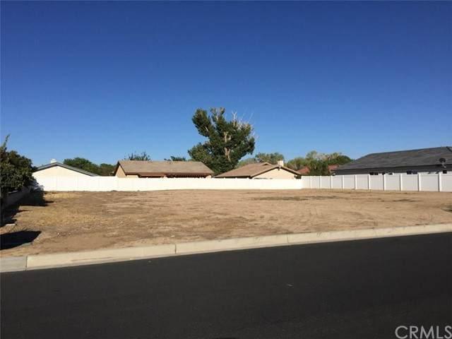 13555 Seagull, Victorville, CA 92395 (#EV21162465) :: Solis Team Real Estate