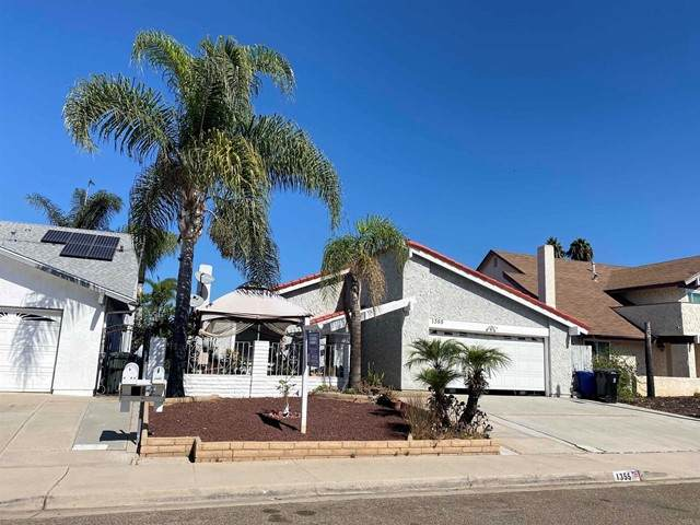 1355 Santa Cruz Ct, Chula Vista, CA 91910 (#PTP2105455) :: Keller Williams - Triolo Realty Group