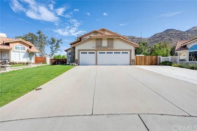 11425 Summer Green Court, Moreno Valley, CA 92557 (#IV21170585) :: Solis Team Real Estate
