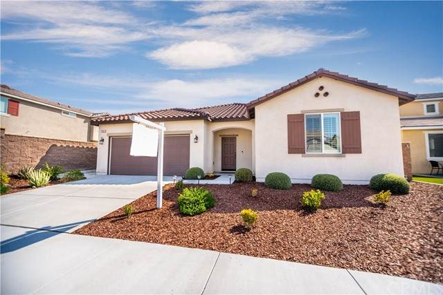 29324 Wild Lilac, Lake Elsinore, CA 92530 (#SW21195399) :: Wannebo Real Estate Group