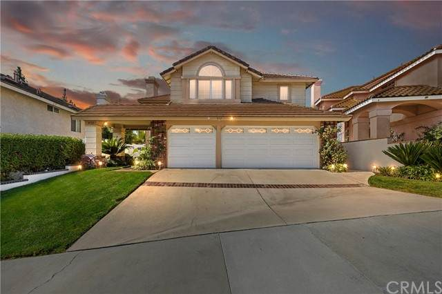 432 Somerset Circle, Corona, CA 92879 (#PW21204327) :: Wannebo Real Estate Group