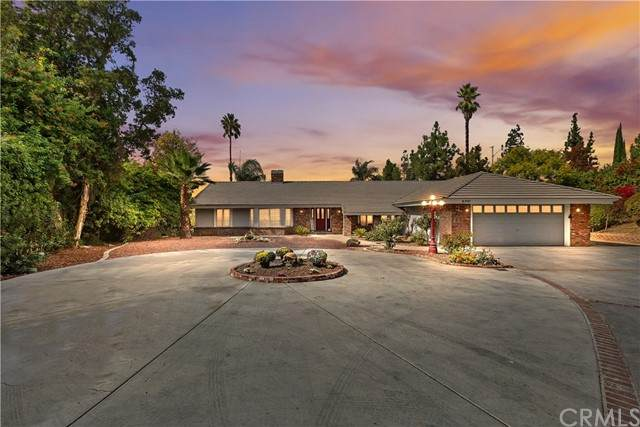 6901 Sandtrack Road, Riverside, CA 92506 (#IG21221313) :: Rubino Real Estate