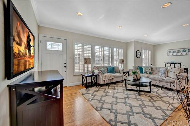 17201 Ward Street, Fountain Valley, CA 92708 (#OC21177191) :: Windermere Homes & Estates