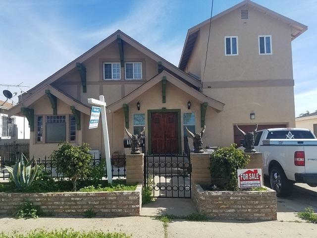 1032 E 16th Street, National City, CA 91950 (#190011489) :: Neuman & Neuman Real Estate Inc.