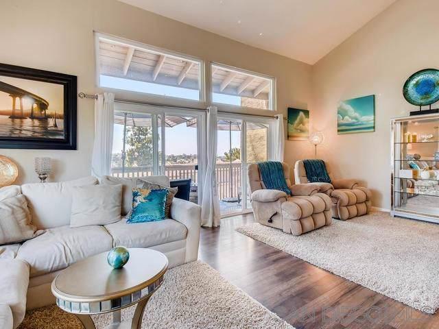 7700 Parkway #46, La Mesa, CA 91942 (#190044426) :: Coldwell Banker Residential Brokerage