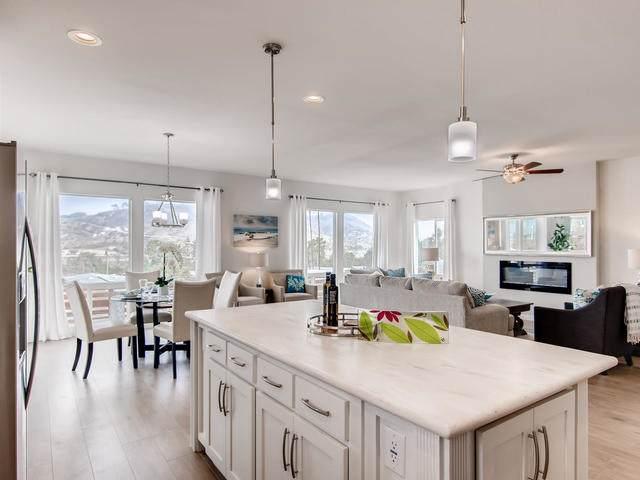 4650 Dulin Road #80, Fallbrook, CA 92028 (#190046165) :: Allison James Estates and Homes
