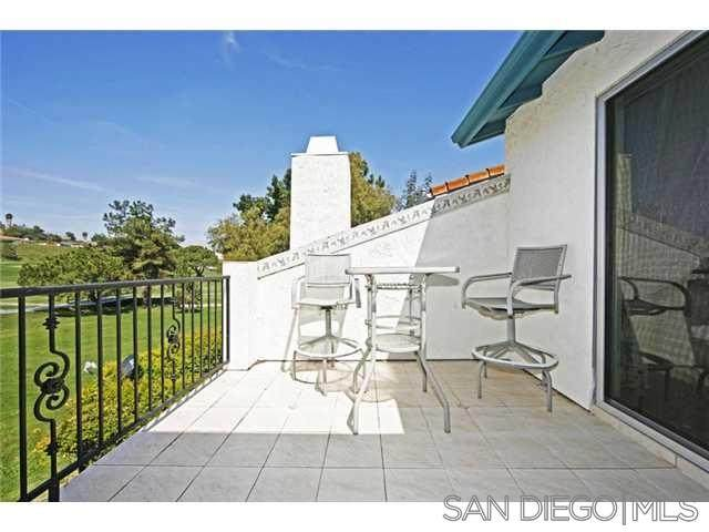 7541 Jerez Ct, Carlsbad, CA 92009 (#200038198) :: SunLux Real Estate