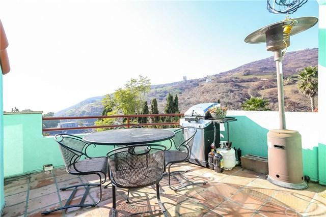 2851 Searidge Street, Malibu, CA 90265 (#300663360) :: Coldwell Banker Residential Brokerage