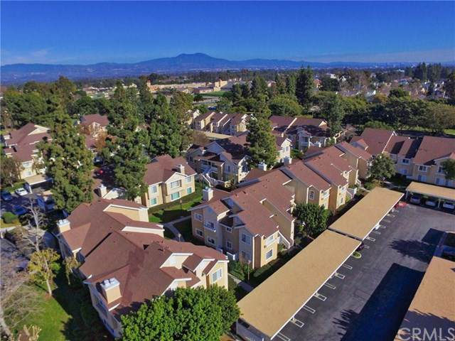 72 Greenfield #69, Irvine, CA 92614 (#302410702) :: Cay, Carly & Patrick | Keller Williams