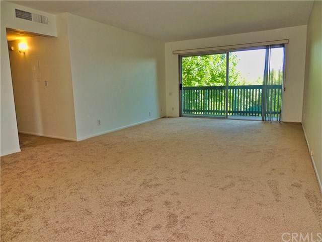 436 Bellflower Boulevard - Photo 1