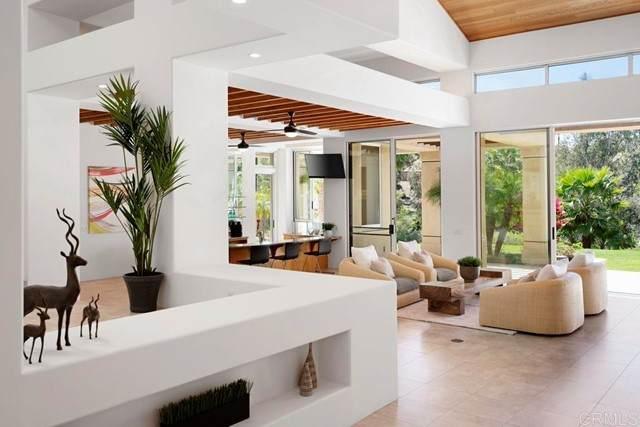 17295 Camino De Montecillo, Rancho Santa Fe, CA 92067 (#NDP2104795) :: Windermere Homes & Estates