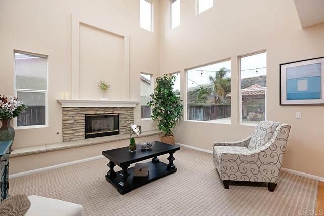 2161 Corte Anacapa, Chula Vista, CA 91914 (#PTP2104115) :: Dannecker & Associates
