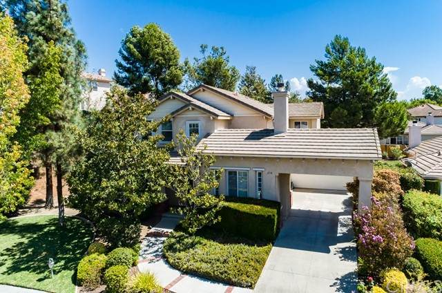 2118 Stone Castle, Fallbrook, CA 92028 (#CV21183097) :: Wannebo Real Estate Group
