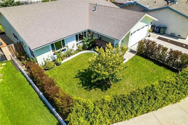 7121 Slater Avenue, Huntington Beach, CA 92647 (#PW21167656) :: COMPASS