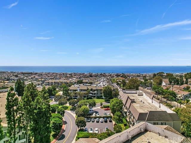 300 Cagney Lane #204, Newport Beach, CA 92663 (#NP21199144) :: SD Luxe Group