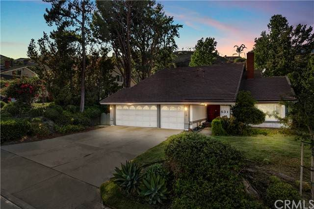 631 S Covered Wagon, Anaheim Hills, CA 92807 (#PW21202961) :: SD Luxe Group