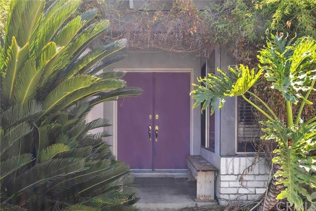 5891 Antigua Blvd, Tierrasanta, CA 92124 (#PW21210046) :: SunLux Real Estate