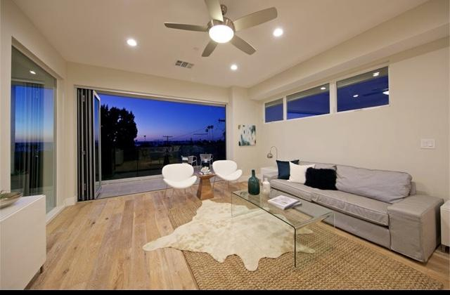1420 Froude Street, San Diego, CA 92107 (#180019052) :: Ghio Panissidi & Associates