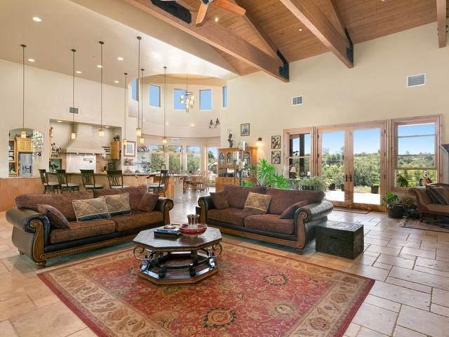 18245 Paradise Mountain Road, Valley Center, CA 92082 (#190023189) :: Neuman & Neuman Real Estate Inc.