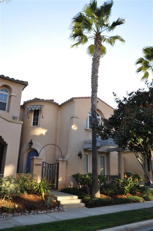 2947 Farragut Rd, San Diego, CA 92106 (#200005267) :: The Yarbrough Group