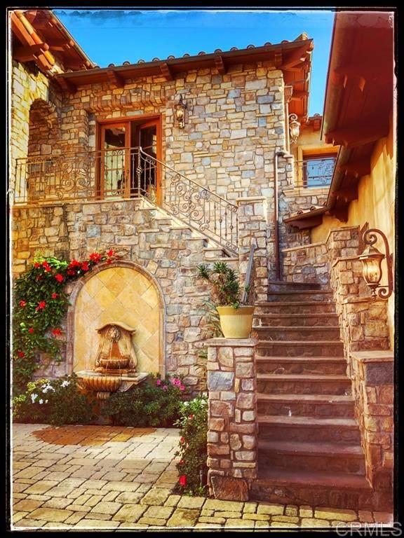 18439 Via Candela, Rancho Santa Fe, CA 92091 (#200044753) :: Neuman & Neuman Real Estate Inc.