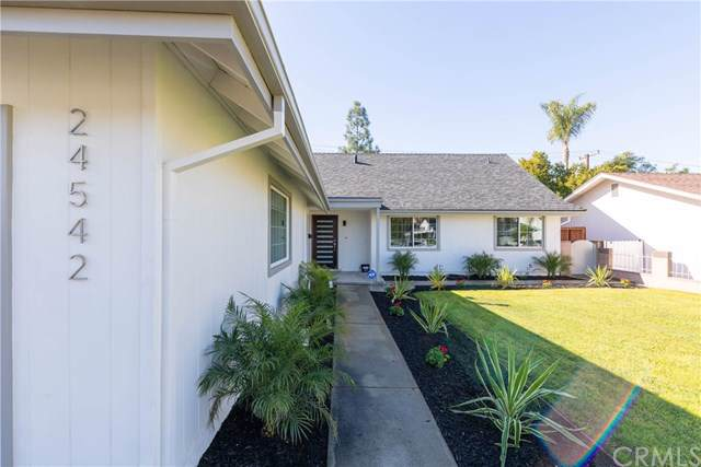 24542 Corta Cresta Drive, Lake Forest, CA 92630 (#302408421) :: Whissel Realty
