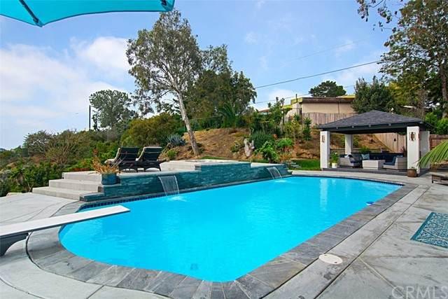 455 Glencrest Drive, Solana Beach, CA 92075 (#SW21158530) :: SD Luxe Group