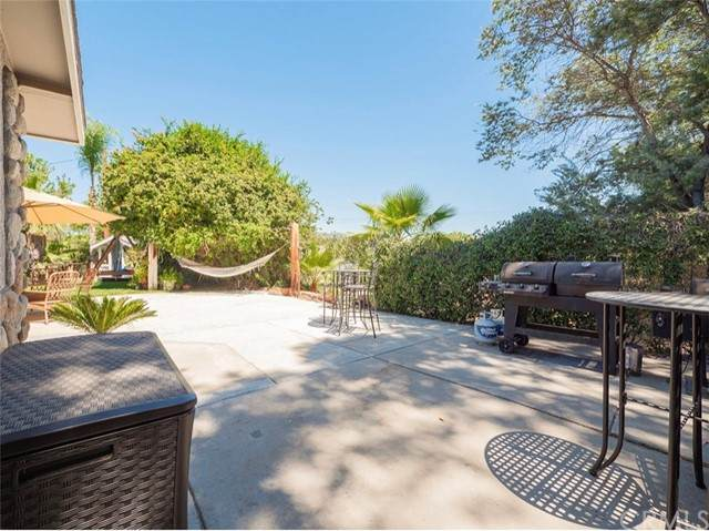17371 Mockingbird Canyon Road, Riverside, CA 92504 (#IV21191719) :: Rubino Real Estate