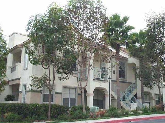 3610 Bernwood Pl #19, San Diego, CA 92130 (#180018726) :: KRC Realty Services
