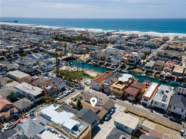 403 39th Street, Newport Beach, CA 92663 (#LG21071186) :: Yarbrough Group