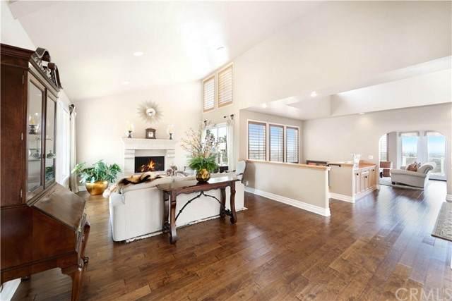 31 Monaco, Newport Beach, CA 92660 (#NP21089020) :: San Diego Area Homes for Sale
