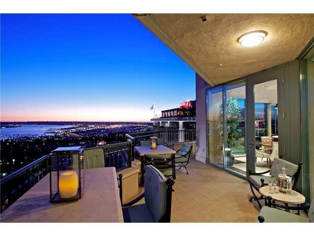 2500 6th Avenue Penthouse 7, San Diego, CA 92103 (#180023118) :: Keller Williams - Triolo Realty Group